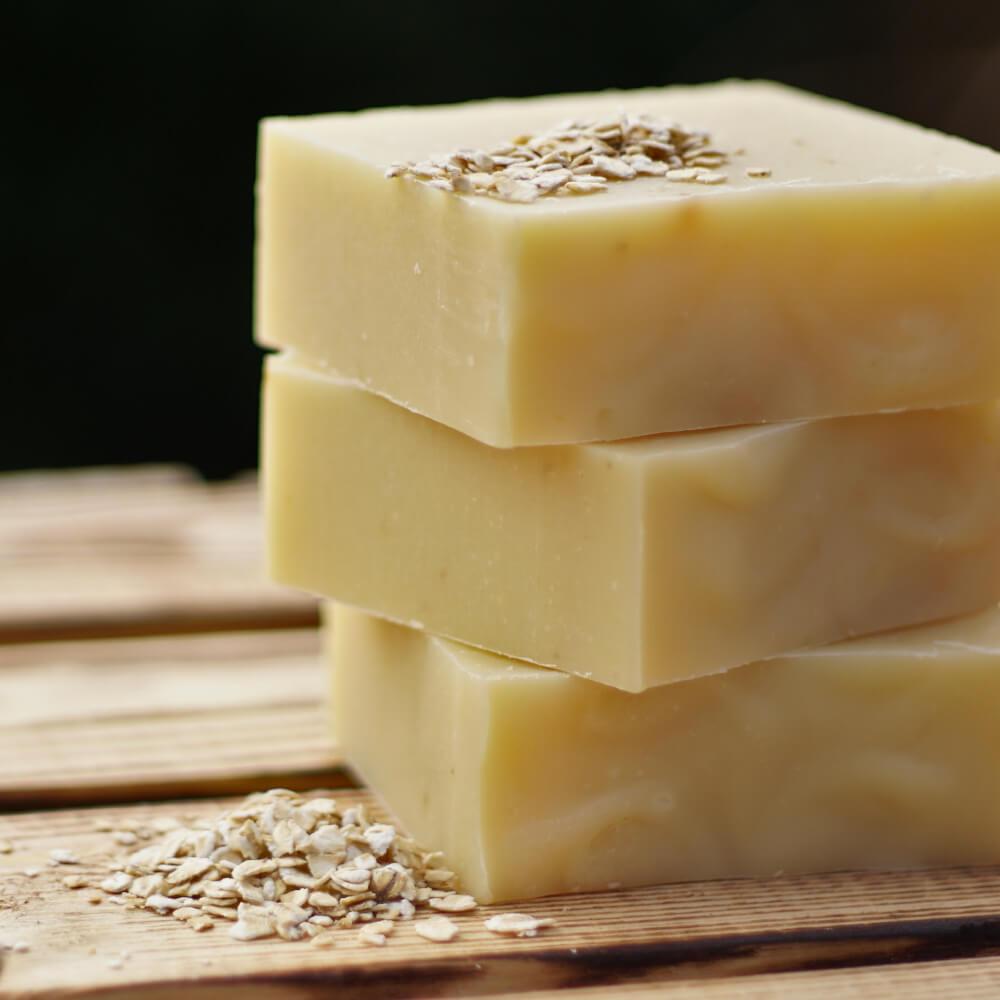 Vegane Naturseife mit frischer Hafermilch ohne Palmöl